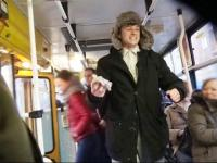 Osiemnastka w tramwaju - Jeleniejaja