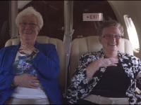 Staruszki po raz pierwszy lecą samolotem