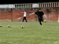 Nike 90 - Rooney Vs Sanchez