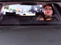 Co robią ludzię gdy myślą, że są sami w samochodzie?