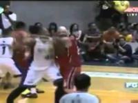 Opóźniona reakcja koszykarza