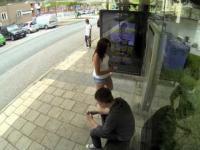 Czekanie na autobus nie musi być nudne