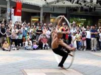 Niesamowity pokaz umiejętności ulicznego wirtuoza w Tajpej