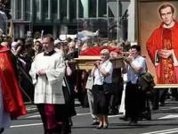 Czy katolickie relikwie to barbarzyństwo?