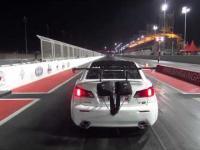 Lexusa wywiewa z toru