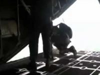 przypadkowe otwarcie spadochronu