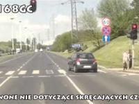 Rowerzysta czepia się czerwonego światła