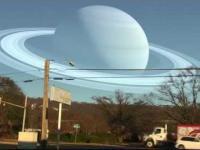 A gdyby Księżyc zastąpić planetą Układu Słonecznego?