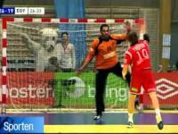 Niesamowity rzut karny w meczu piłkarzy ręcznych
