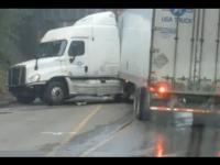 Zawracanie ciężarówką na wąskiej drodze