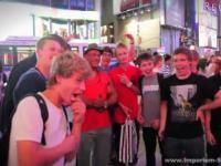Hardcorowy Koksu terroryzuje Time Square