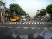 Rajd uliczny laweciarza z Korei Południowej