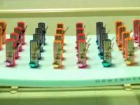 Synchronizacja 32 metronomów