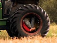 Jazda w oponie traktora