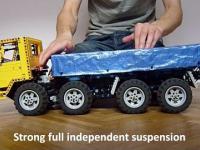 Zdalnie sterowana ciężarówka z klocków LEGO