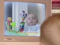 Co zobaczyło to dziecko?