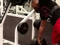 Thug Life na siłowni