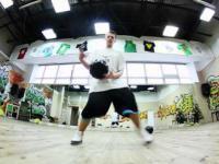 Koszykarski freestyle 16-letniego Polaka