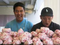 50 hamburgerów, dwie osoby, jedno popołudnie