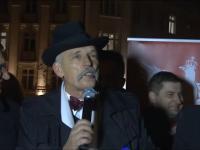 Janusz Korwin-Mikke na manifestacji przed PKW w Warszawie 20.11.2014