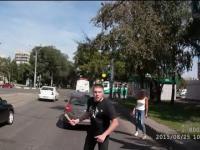 W Rosji tak się rozwiązuje konflikty na drodze