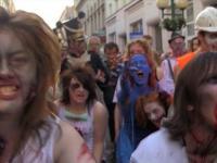 Żywe trupy zaatakowały stolicę - Zombie Walk Warszawa 2012