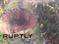 Gigantyczny krater w Rosji