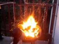 Rozpalanie Grilla po Studencku