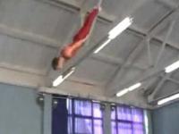 Wypadek podczas gimnastyki