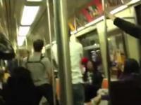 Pojedynek na saksofony w metrze