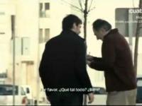 Iker Casillas i Iniesta  na ulicy