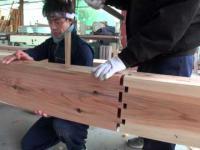 Japończycy łączą ze sobą dwie deski