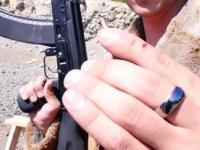 Ile iPhone'ów zatrzyma pocisk z AK-74?