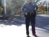 Policjant na deskorolce