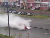 Samochód uderzył i uciekł