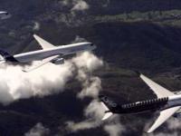 Przelot floty Airbus A350 XWB w ścisłej formacji