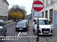Kierowca straszy rowerzystę