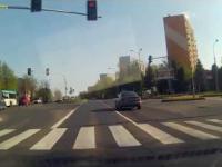 Przejazd na czerwonym świetle