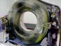Jak wygląda działający tomograf bez obudowy?