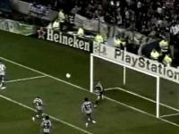 Manuel Neuer - One Man Show vs. Porto
