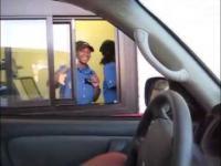 o obsłudze w McDonalds