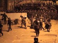 Milicja pacyfikuje demonstrantow Euromajdan