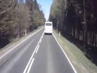 SZERYF z PKS blokuje drogę.