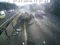 Wypadek na autostradzie z perspektywy kierowcy