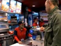 Bardzo nietypowe KFC w Egipcie.