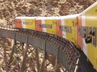 Pociąg kursujący na trasie Argentyna - Chile. Wsiadłbyś?