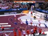 Polscy piłkarze ręczni wygrywają z Chorwacją i zagrają o medale!