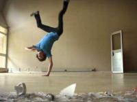 Niesamowity tancerz