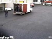 Ciężarówki wyładowane w piwo mniej niż 10 sekund
