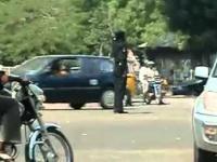 Kierowanie ruchem drogowym na skrzyżowaniu w Nigerii